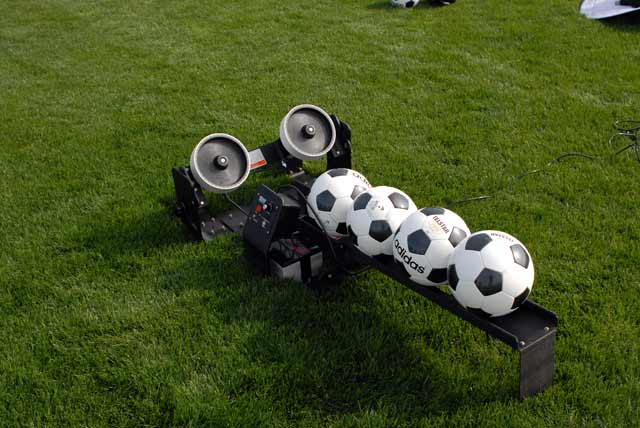 soccer ball machine